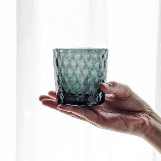 車のガラスが美しいロックグラスに変身 琉球ガラス