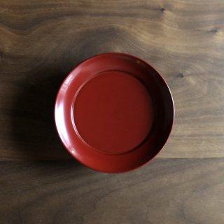 お菓子もおつまみも乗せるだけでより魅力的になる 漆塗りの椿皿(S)/佐藤 史幸(秋田・川連塗 寿次郎)