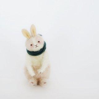ちいくた(ウサギ、ハチワレ、白xピンク)