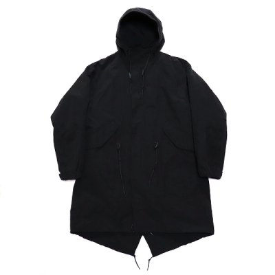 <img class='new_mark_img1' src='https://img.shop-pro.jp/img/new/icons20.gif' style='border:none;display:inline;margin:0px;padding:0px;width:auto;' />A VONTADE / Fishtail Parka With Liner - BLACK