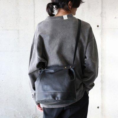 suolo (スオーロ) / CROP 2 Leather - BLACK