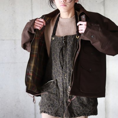 suolo(スオーロ)/ GRIZZLY apron leopard - OLIVE
