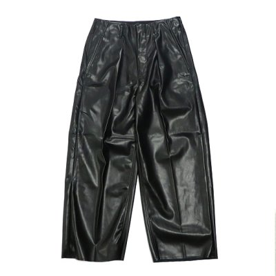 saby (サバイ)/ TUCK BAGGY (Washable Light Leather) - BLACK