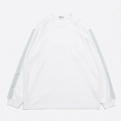 <img class='new_mark_img1' src='https://img.shop-pro.jp/img/new/icons8.gif' style='border:none;display:inline;margin:0px;padding:0px;width:auto;' />KUON (クオン) / LONG SLEEVE Tee W/CROSS SASHIKO trim - WHITE