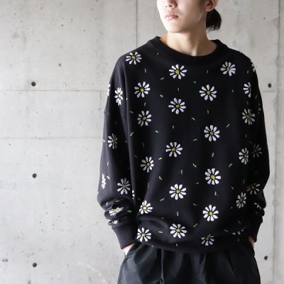 it's inconspicuous presence (Niche. ニッチ) / EMB Flower Sweat (Small Flower) - BLACK