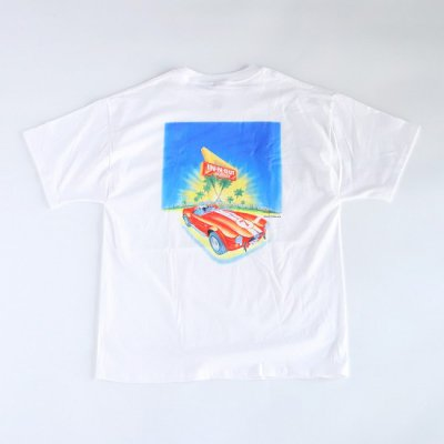 IN-N-OUT BURGER / RED SPORTS CAR S/S Tee - WHITE