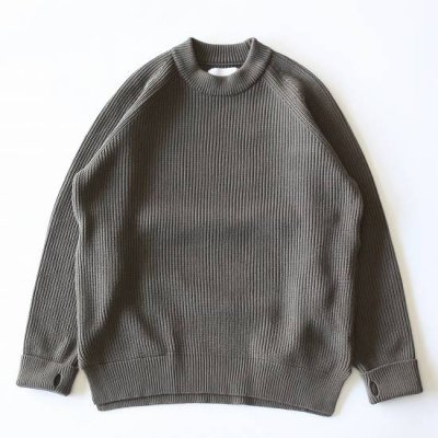 <img class='new_mark_img1' src='https://img.shop-pro.jp/img/new/icons13.gif' style='border:none;display:inline;margin:0px;padding:0px;width:auto;' />CURLY(カーリー)/ AZTEC CN SWEATER - OLIVE