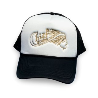 Chief Records Trucker Hat - Black / White Foam Face <img class='new_mark_img2' src='https://img.shop-pro.jp/img/new/icons8.gif' style='border:none;display:inline;margin:0px;padding:0px;width:auto;' />