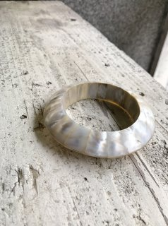 Vintage Mother of Pearl Bangle