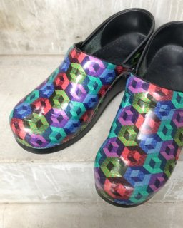 <img class='new_mark_img1' src='https://img.shop-pro.jp/img/new/icons50.gif' style='border:none;display:inline;margin:0px;padding:0px;width:auto;' />Lady's  Dansko Clog Shoes