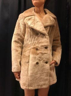 <img class='new_mark_img1' src='https://img.shop-pro.jp/img/new/icons24.gif' style='border:none;display:inline;margin:0px;padding:0px;width:auto;' />(20%off) Vintage 70s Fur Coat ¥19,800→¥15,840