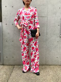 <img class='new_mark_img1' src='https://img.shop-pro.jp/img/new/icons24.gif' style='border:none;display:inline;margin:0px;padding:0px;width:auto;' />(20%off) Vintage Floral Jumpsuit ¥8,800→¥7,040