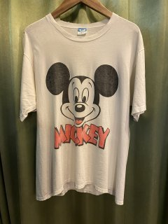 <img class='new_mark_img1' src='https://img.shop-pro.jp/img/new/icons50.gif' style='border:none;display:inline;margin:0px;padding:0px;width:auto;' />Vintage Mickey Tee