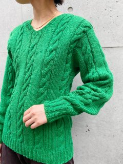 <img class='new_mark_img1' src='https://img.shop-pro.jp/img/new/icons24.gif' style='border:none;display:inline;margin:0px;padding:0px;width:auto;' />(20%off) Vintage Green Sweater ¥8,800→¥7,744