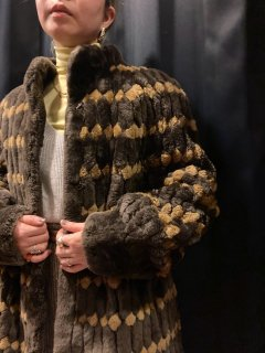 <img class='new_mark_img1' src='https://img.shop-pro.jp/img/new/icons24.gif' style='border:none;display:inline;margin:0px;padding:0px;width:auto;' />(20%off) Lady's Boa Design Coat¥19,800→¥15,840