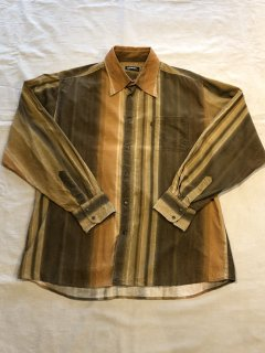 <img class='new_mark_img1' src='https://img.shop-pro.jp/img/new/icons50.gif' style='border:none;display:inline;margin:0px;padding:0px;width:auto;' />LERROS Corduroy Design Shirt