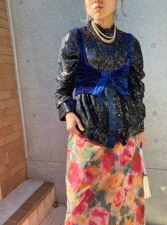 <img class='new_mark_img1' src='https://img.shop-pro.jp/img/new/icons14.gif' style='border:none;display:inline;margin:0px;padding:0px;width:auto;' />Lady's Sequins Top