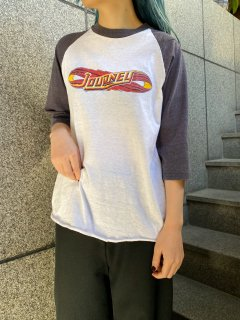 <img class='new_mark_img1' src='https://img.shop-pro.jp/img/new/icons50.gif' style='border:none;display:inline;margin:0px;padding:0px;width:auto;' />Vintage Raglan Sleeve T-shirt
