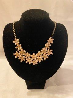 Vintage Flower Motif Necklace