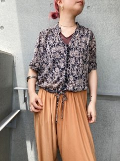 <img class='new_mark_img1' src='https://img.shop-pro.jp/img/new/icons24.gif' style='border:none;display:inline;margin:0px;padding:0px;width:auto;' />(30%off)  Lady's Design Shirt ¥6,000→¥4,200