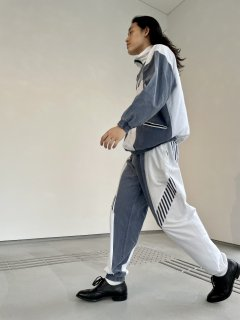 <img class='new_mark_img1' src='https://img.shop-pro.jp/img/new/icons50.gif' style='border:none;display:inline;margin:0px;padding:0px;width:auto;' />80s BERTO LUCCI Design Track-suit