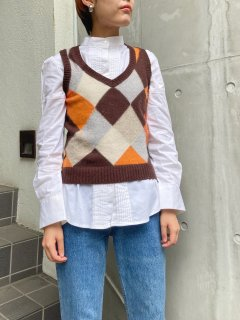 <img class='new_mark_img1' src='https://img.shop-pro.jp/img/new/icons24.gif' style='border:none;display:inline;margin:0px;padding:0px;width:auto;' />(30%off) Lady's Argyle pattern Vest ¥6,200→4340