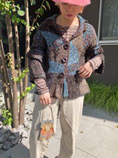 <img class='new_mark_img1' src='https://img.shop-pro.jp/img/new/icons14.gif' style='border:none;display:inline;margin:0px;padding:0px;width:auto;' />Lady's Knit Cardigan