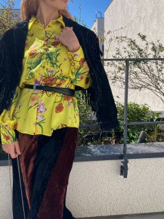 <img class='new_mark_img1' src='https://img.shop-pro.jp/img/new/icons14.gif' style='border:none;display:inline;margin:0px;padding:0px;width:auto;' />Lady's Flower Pattern Blouse