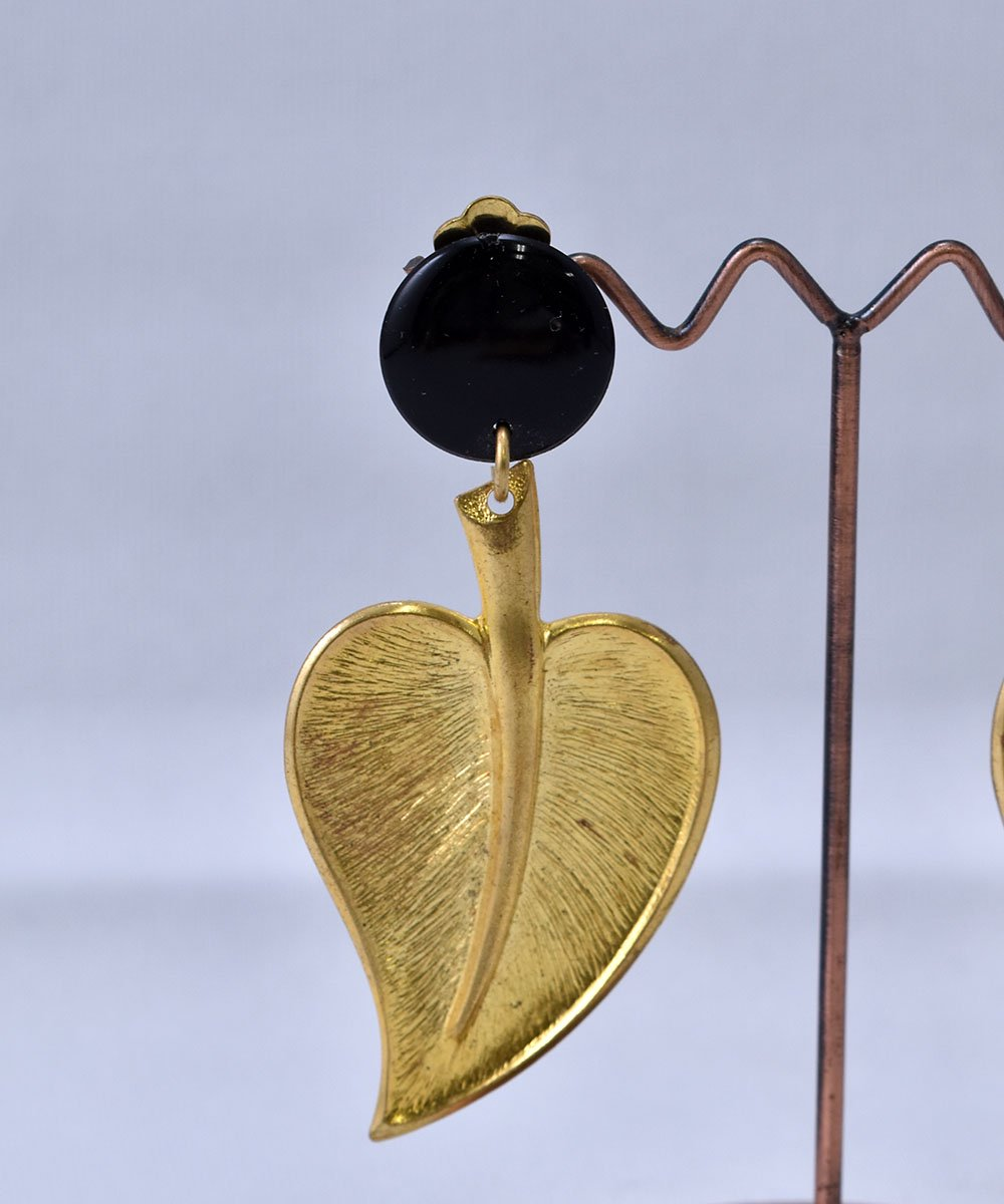 Made in USA Leaf Earring   アメリカ製 葉っぱ モチーフ イヤリング   ゴールドサムネイル