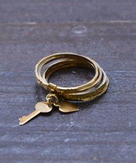 古着ヨーロッパ製 7連 ゴールドカラー チャームリング 鍵&ハート Made in Europe Gold Color Charm Ring Key&Heart 古着のネット通販 古着屋グレープフルーツムーン