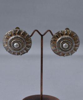 古着ヨーロッパ製 イミテーションパール シルバーカラーイヤリング Made in Europe Silver Color Earring Imitation Pearl 古着のネット通販 古着屋グレープフルーツムーン