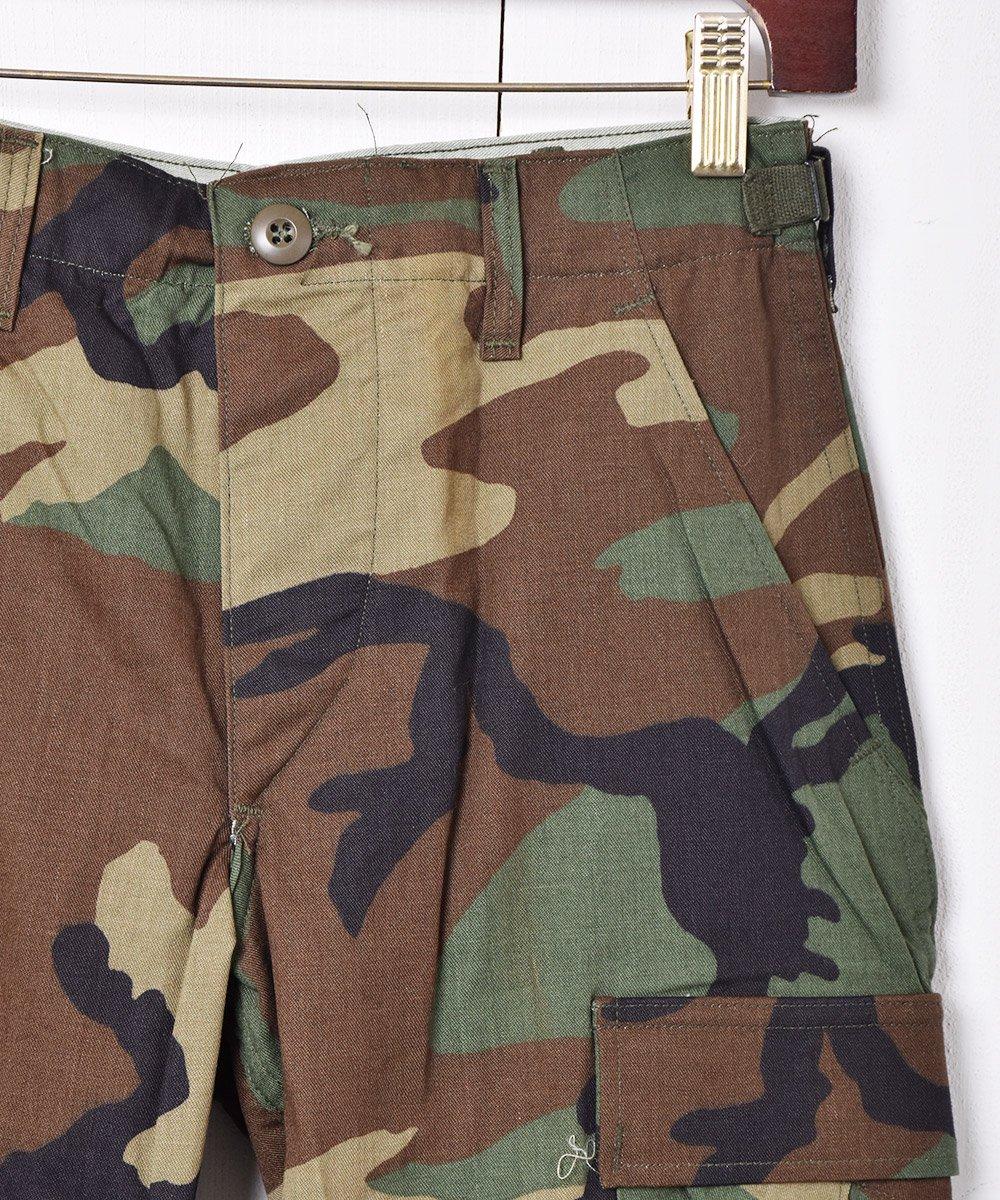 アメリカ軍 ウッドランドカモ柄 カーゴパンツ 01サムネイル