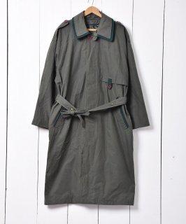 古着ウクライナ製 チンストラップ付 ステンカラーコート 古着のネット通販 古着屋グレープフルーツムーン