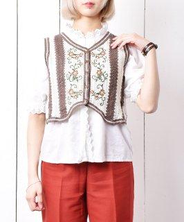 古着「Meridian」花刺繍 ニットベスト  古着のネット通販 古着屋グレープフルーツムーン