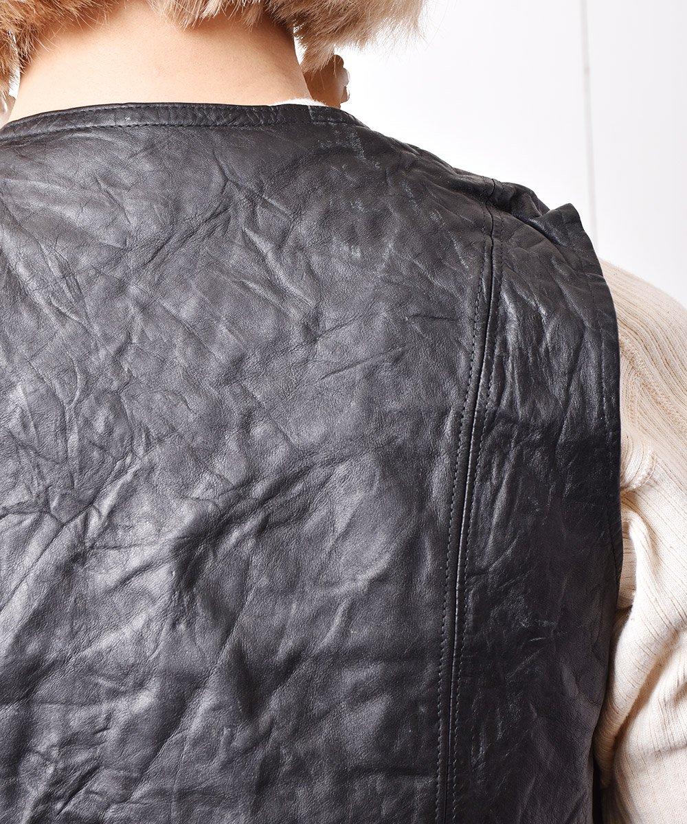 カナダ製 ポケット付き レザーベストサムネイル