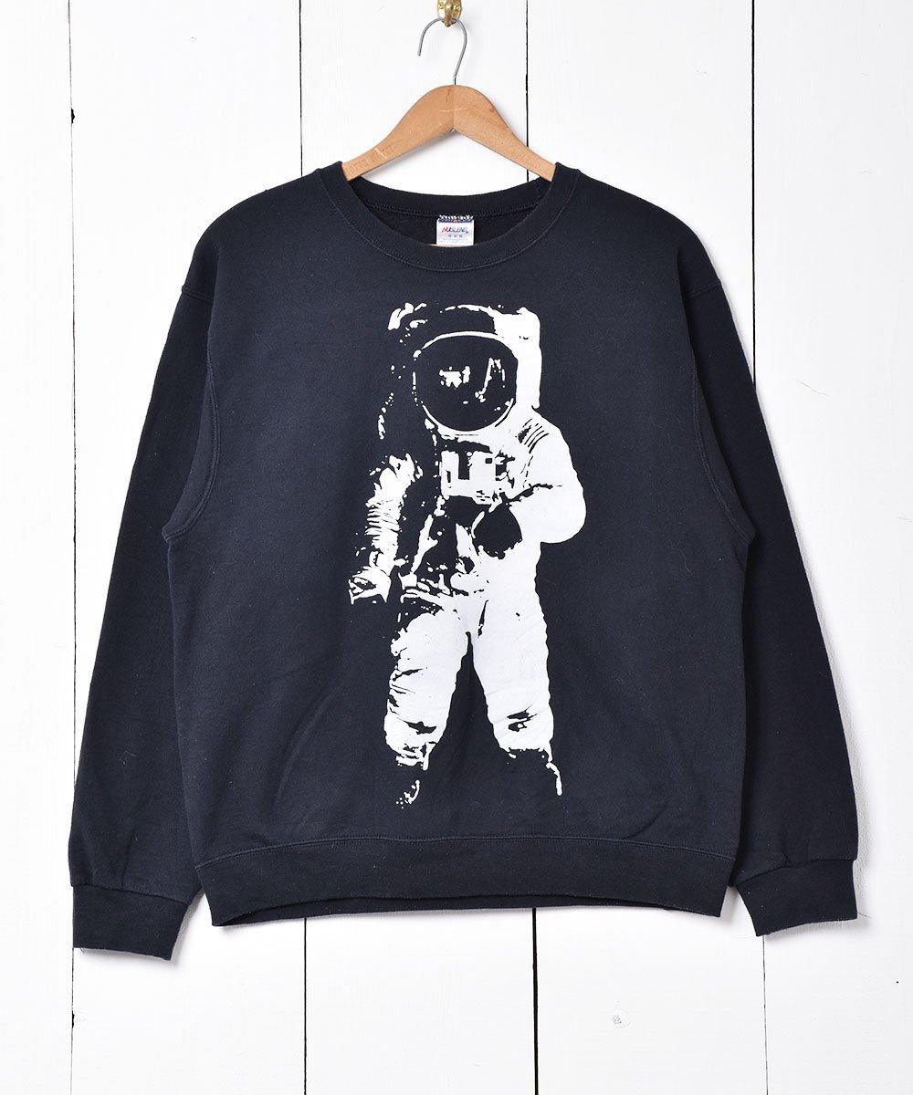 古着 宇宙飛行士プリント スウェット 古着 ネット 通販 古着屋グレープフルーツムーン