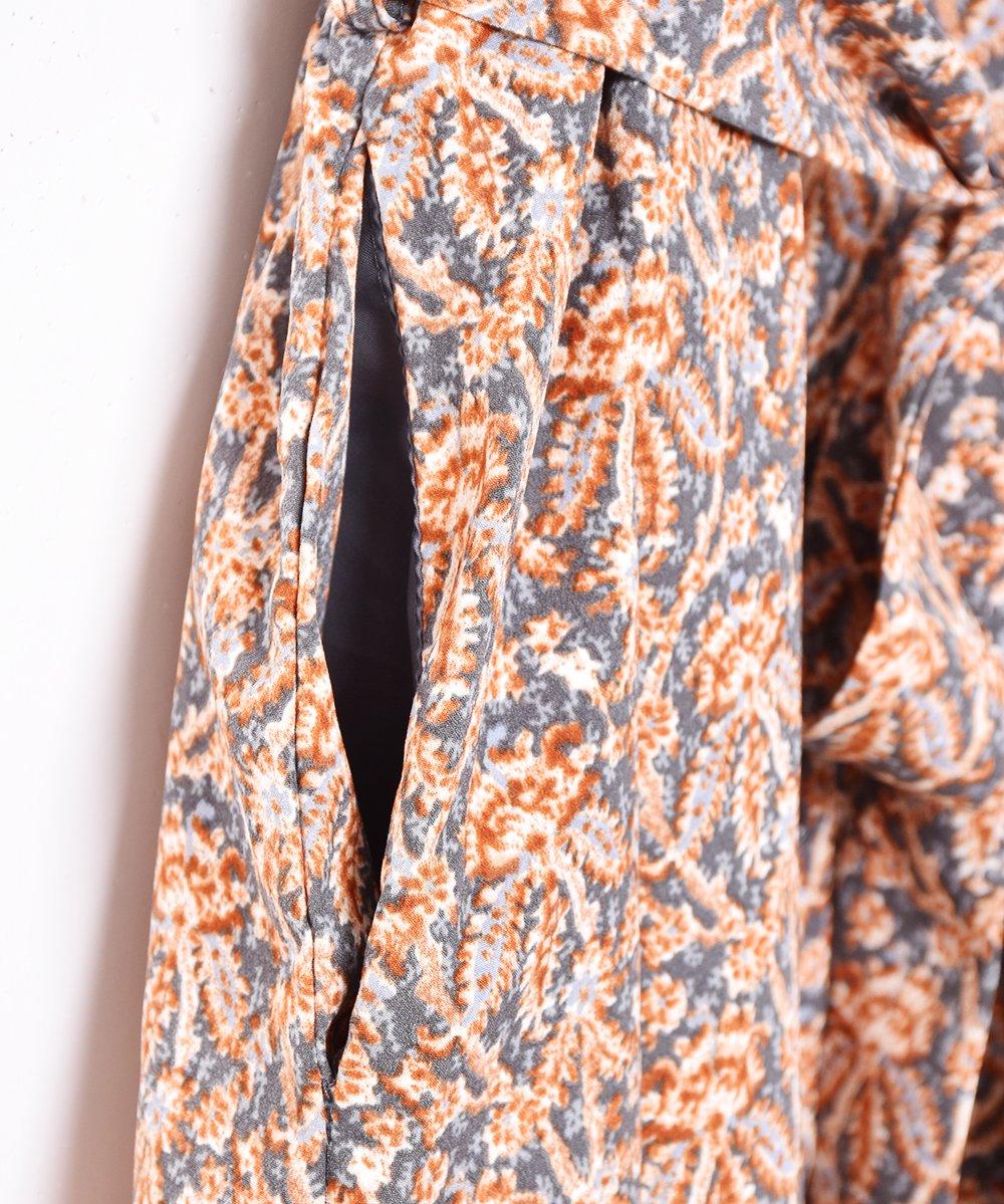 【3色展開】「Meridian」ダマスク柄 フロントボタン オープンカラー 半袖ワンピース ブラウンサムネイル