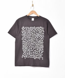 古着「Backers」ピースマーク プリントTシャツ 古着のネット通販 古着屋グレープフルーツムーン