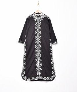 古着【2色展開】刺繍マンダリンドレス ブラック 古着のネット通販 古着屋グレープフルーツムーン