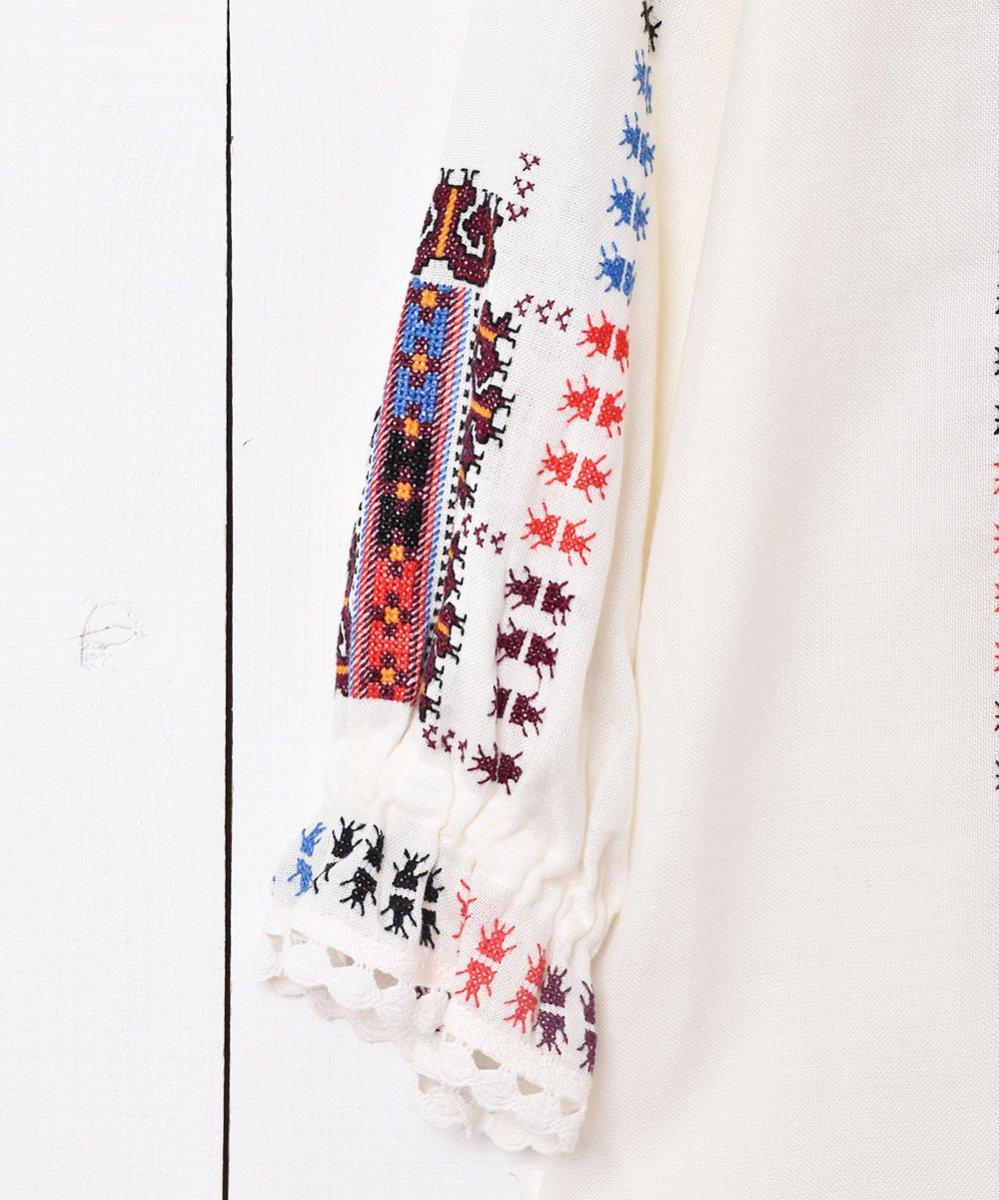 ルーマニア 刺繍チュニックサムネイル