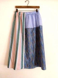 パッチワークのスカート(ブルー系)