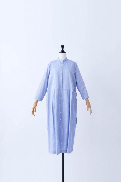 rivi刺繍<br>スモールカラー<br>ウエスト切替<br>タックワンピース<br><ブルー>