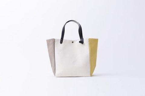 MINI<br>BEACH BAG<br><BANANE/WHITE/GALET>
