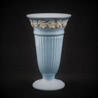ウェッジウッド|クイーンズウェアの花瓶(プレーンエッジ)