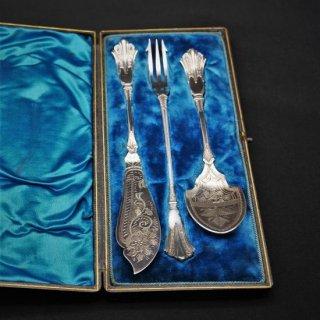ヴィクトリア時代|優雅な朝食用サーバーセット