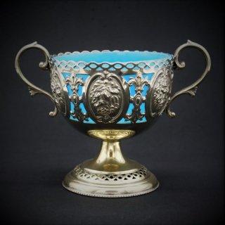 ヴィクトリア時代|青いガラスのボンボンバスケット