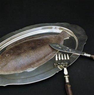 イギリスの老舗シルバーメーカーのオーバルディッシュ