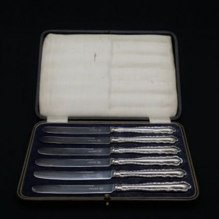 アフタヌーンティーで使いたい純銀のティーナイフセット