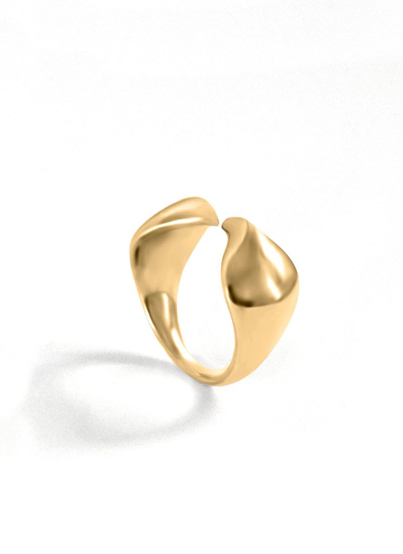 SAPIR BACHAR Gold Cobra Ring