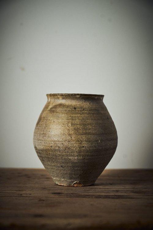 薪 灰粉引壺